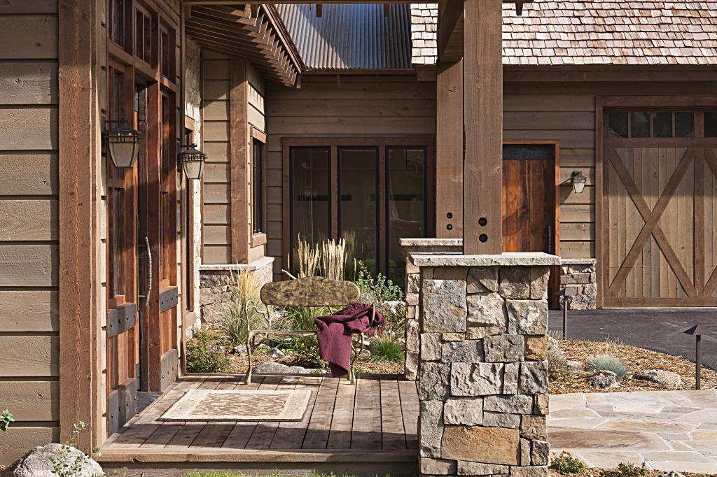 Stone steel and rustic prefinished ranchwood wood for Horizontal cedar siding